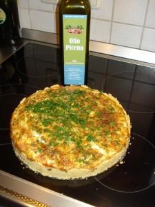 31. Mai 2014: Gemüse-Schinken-Quiche - und der Teig ist mit Olivenöl statt Butter zubereitet.