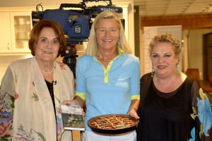Moderatorin Edith von Welser-Ude, links, und Redakteurin Inés Berber, rechts, danke ich herzlich für die Einladung ins München TV-Studio.