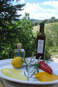Zitrone meets scharfe Paprika - Limonolio e olio al peperoncino