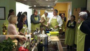 Aufmerksame Olivenölschüler in Berlin