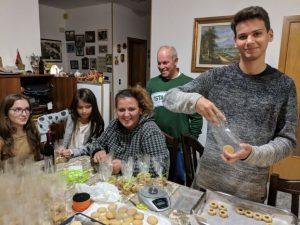 Familie Paci ist stolz auf den Pasticciere Cristian, 18.